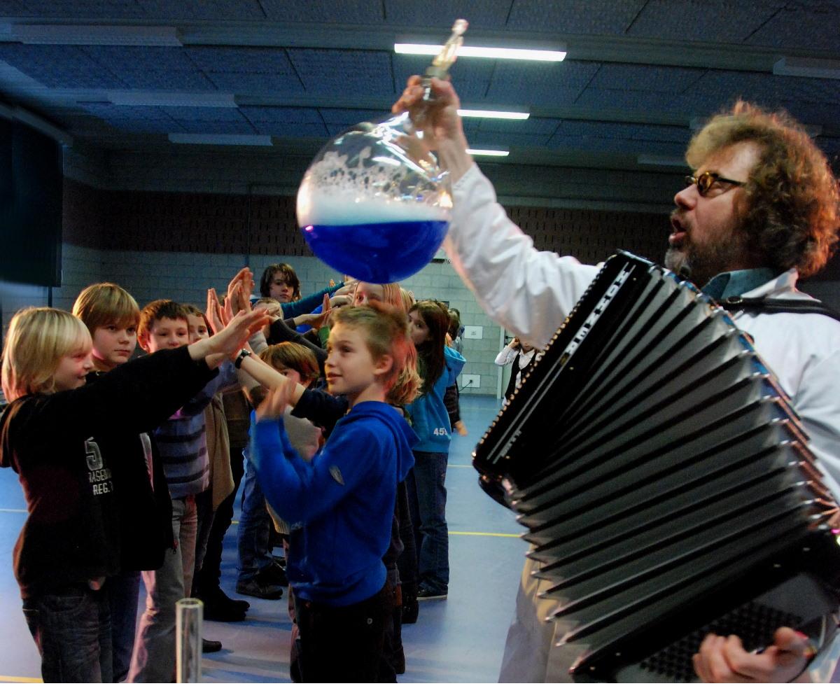 Schoolfeest wordt schoolbal
